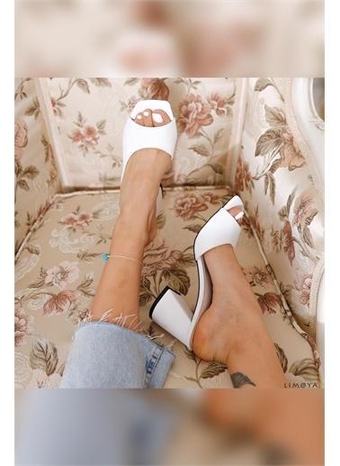 Limoya Macey Ten Pastel Renk Topuklu Terlik Beyaz
